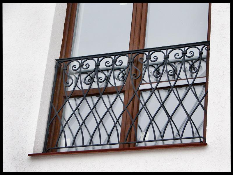 Балконы от 3000 руб п.м. кованые изделия на заказ.